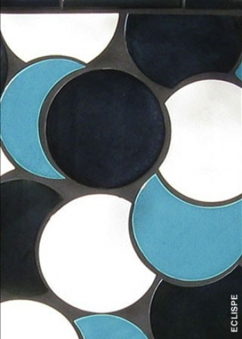 "<h5>Eclipse</h5><p>""Eclipse"" 6"" interlocking Circles in Flurry #73, T-Bird #62 and Majestique #118.</p>"