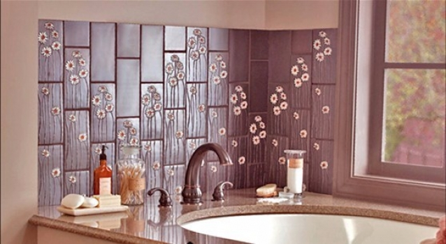 <h5>Sculpted Poppies Backsplash</h5>